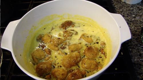 Bhajiye Ki Kadhi – Garbanzo Bean Dumpling Soup
